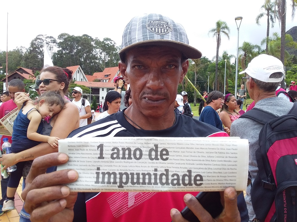 People affected by Brumadinho dam disaster protest outside Minas Gerais court